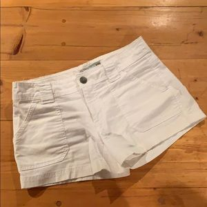 Old Navy low-rise white jean shorts